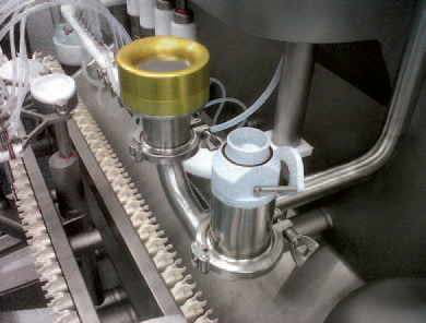 Automatic opening and closing ISO kinetic head